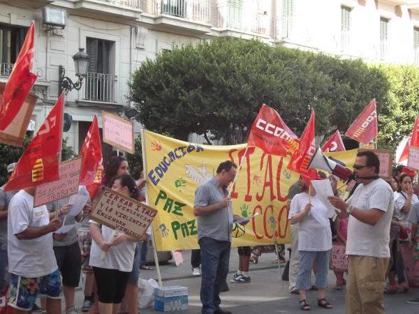 Manifestación en contra del cierre de la escuela taller Ítaca de Paterna. EPDA