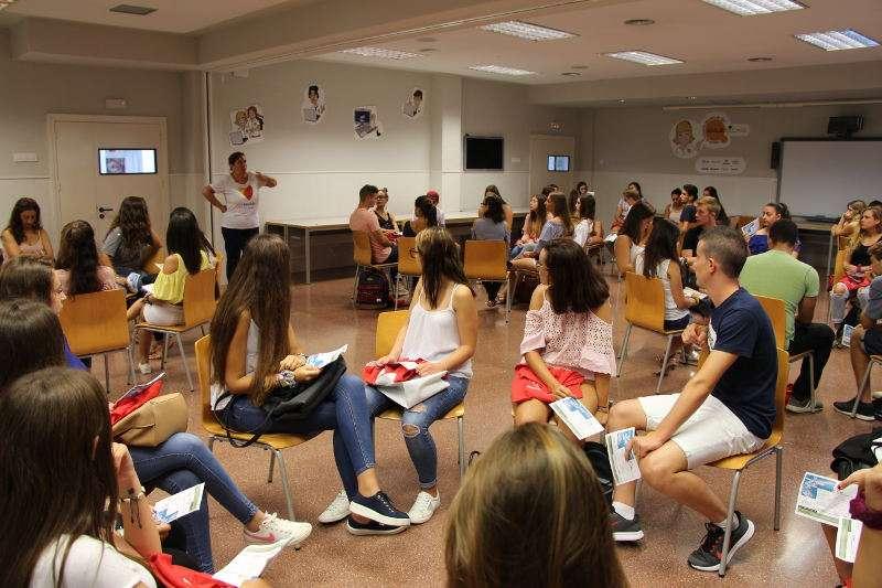 Estudiantes del campus preuniversitario de Florida Universitària de Catarroja. EPDA
