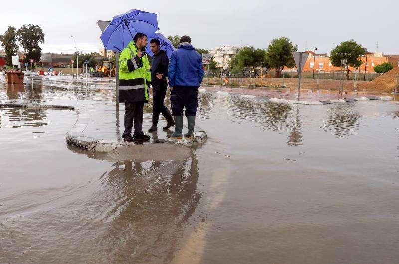 Una calle anegada durante un episodio de lluvias en la Comunitat Valenciana. EFE/Archivo
