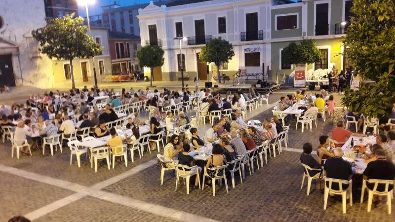 Més de 250 persones al Sopar a la Fresc de Compromís per Paterna
