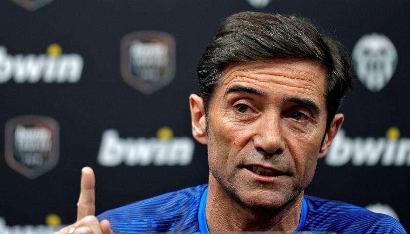 El entrenador del Valencia, Marcelino García Toral, durante la rueda de prensa de presentación del Trofeo Naranja 2019, que se disputa el sábado ante el Inter de Milán, y en la que ha tratado diferentes temas de actualidad del club. EFE