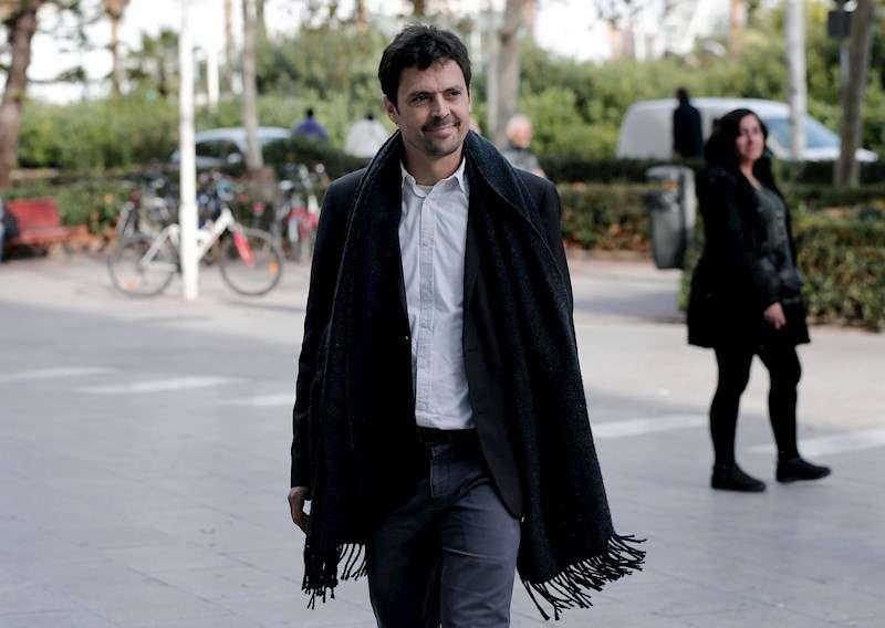 El director gerente de la Empresa Municipal de Transportes (EMT) de València, Josep Enric García Alemany, a su llegada a declarar. EFE