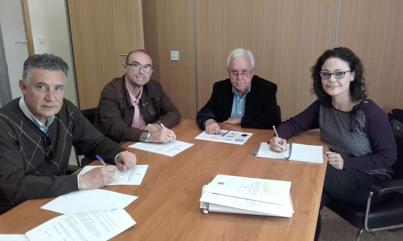 Toni Sanfrancisco (presidente Mancomunidad Les Valls), Juan Emilio Lostado (presidente Mancomunidad La Baronia), Paco Salt (presidente del Consorcio). EPDA