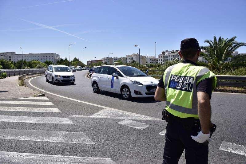 Imagen de archivo de un agente de Policía Local. EFE/Archivo