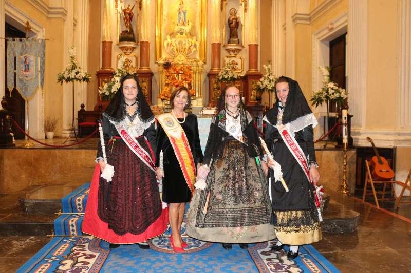 Reinas y damas de las fiestas
