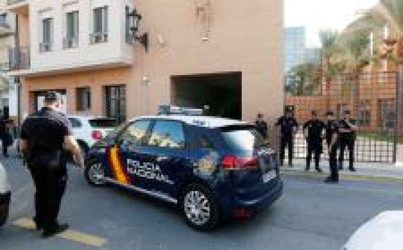 Agentes del Grupo de Delincuencia Violenta de la Brigada de Policía Judicial de Alicante. Foto EFE