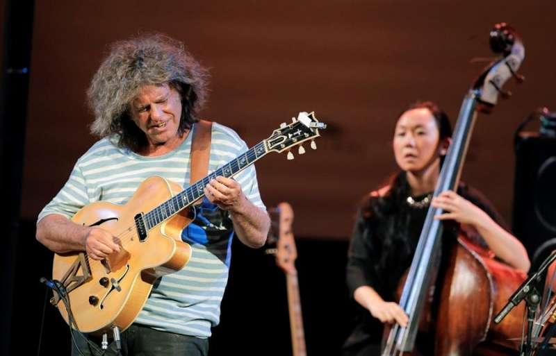 El guitarrista Pat Metheny durante una actuación en el Festival de Jazz de Valencia. EFE