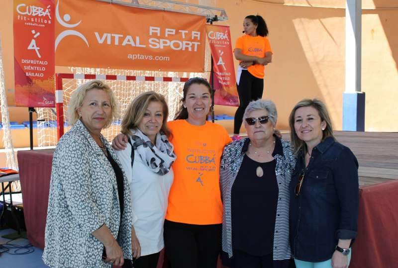 Algunes de les participants en la iniciativa solidaria de Serra. //EPDA