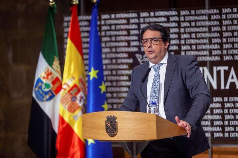 El vicepresidente segundo y consejero de Sanidad y Servicios Sociales de la Junta de Extremadura, José María Vergeles. EFE