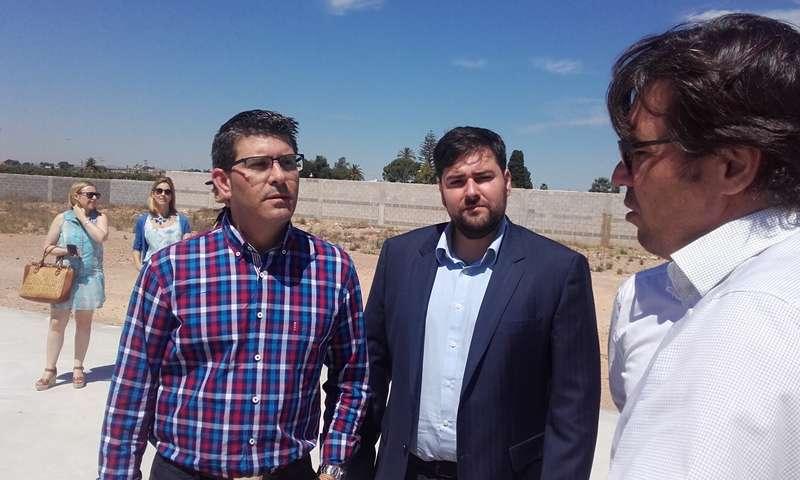 Jorge Rodríguez y Fran López, en la visita a las obras. EPDA