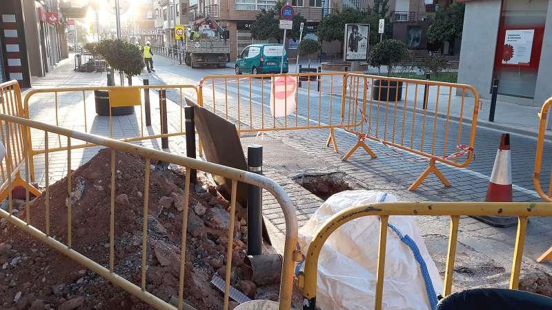 Obras en la avenida València de Puçol. EPDA