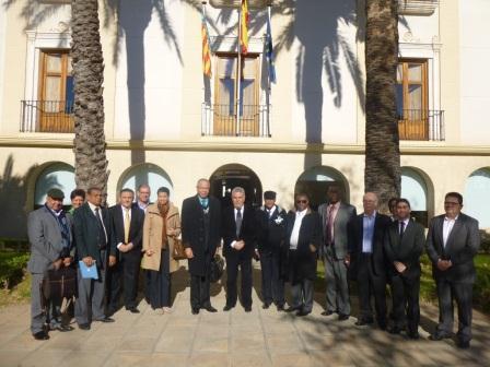 El alcalde y algunos concejales del equipo de gobierno reciben a una delegación de responsables de FEDODIM
