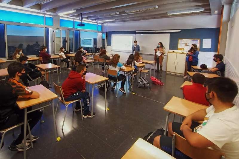 Activitat de conscienciació en un centre educatiu de la localitat.