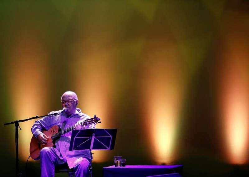 Imagen de archivo del cantautor cubano Pablo Milanés durante un concierto de su gira española