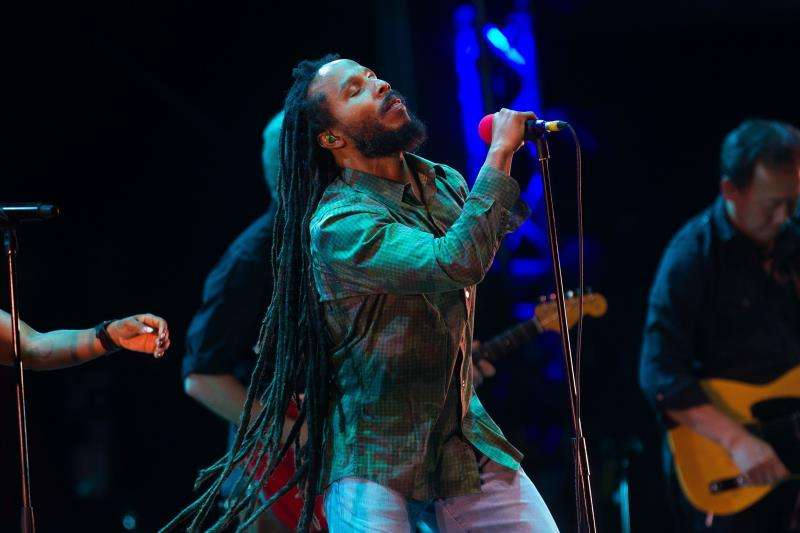 El jamaicano Ziggy Marley durante su actuación en el Festival Rottom Sunsplash. EFE