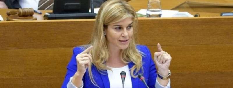 La portavoz adjunta del Grupo Parlamentario Popular en Les Corts, Eva Ortiz