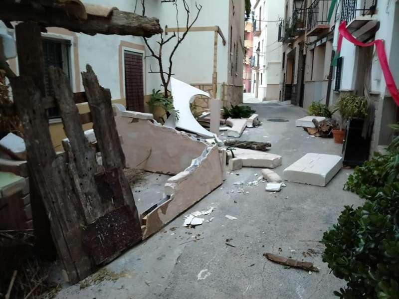 Calle del Portillo con los destrozos del viento