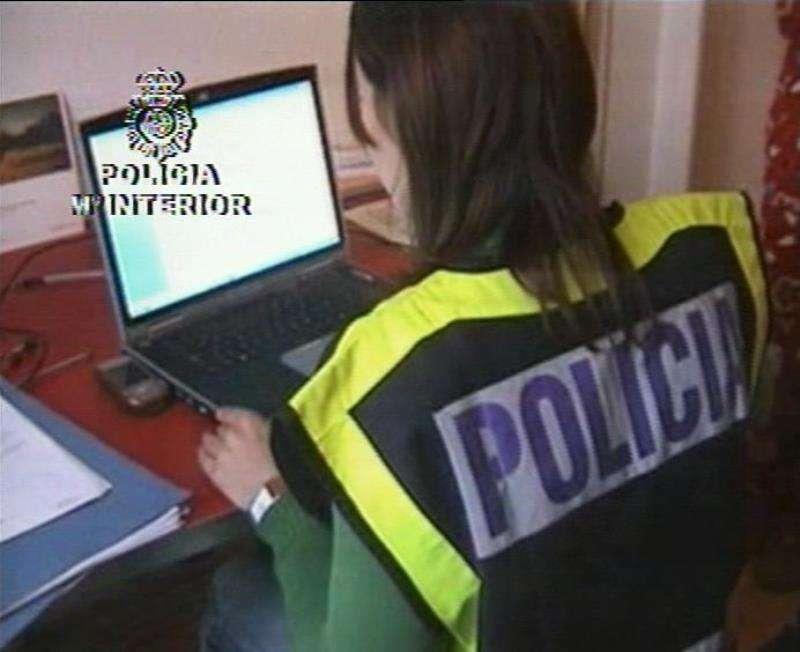 Agente de policía. Foto de archivo/EPDA