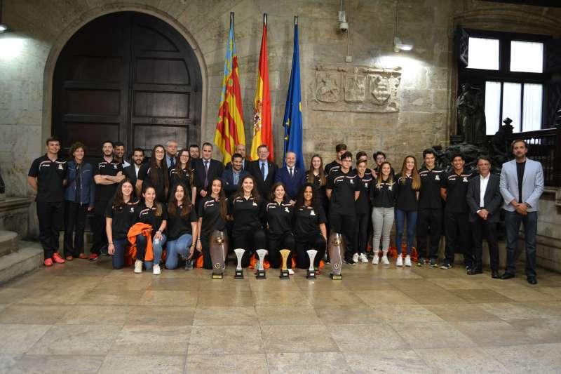 Recepción del President de la Generalitat Valenciana este viernes a las jugadores y jugadores de las Selecciones Autonómicas de Balonmano.