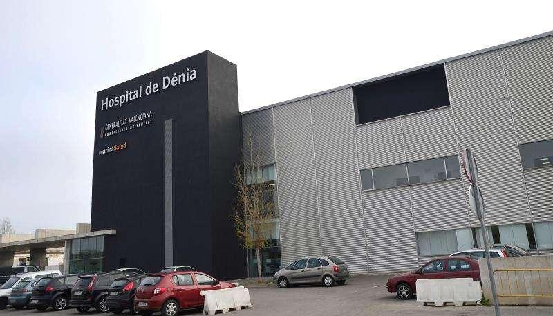 Fachada del Hospital de Dénia, en Alicante. EFE/Archivo