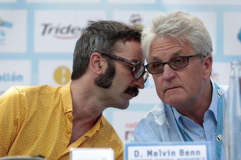 El director del Festival Internacional de Benicàssim (FIB), el británico Melvin Benn (d), junto a uno de los representantes de la empresa organizadora Maraworld. EFE/Archivo