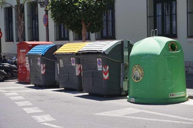 El ayuntamiento de paterna recibir en breve de ecoembes - Contenedores de reciclar ...