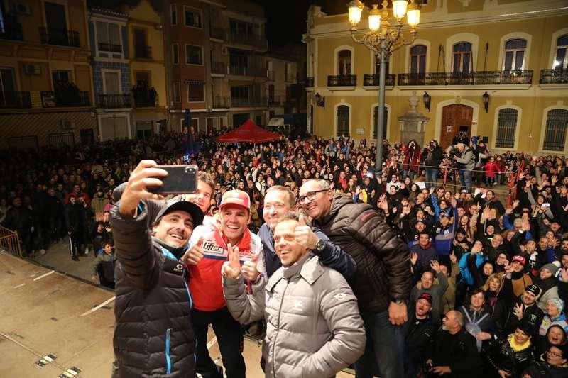 Celebración en la plaza Doctor Cajal. EPDA