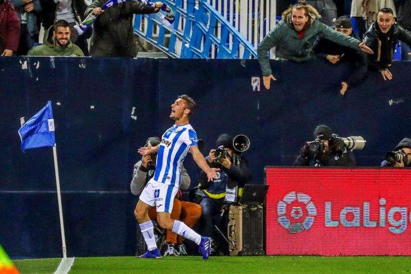 El centrocampista del Leganés Óscar Rodríguez celebra su gol.. EFE