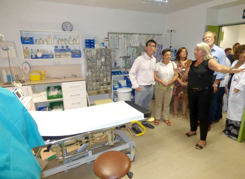 Visita a les reformes executades per la Conselleria de Sanitat. EPDA