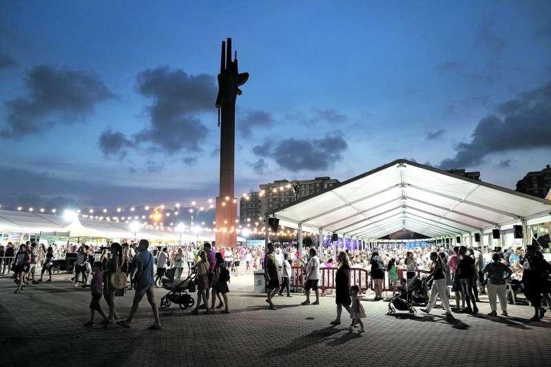 Feria en la Plaza Mayor de Mislata. / EPDA