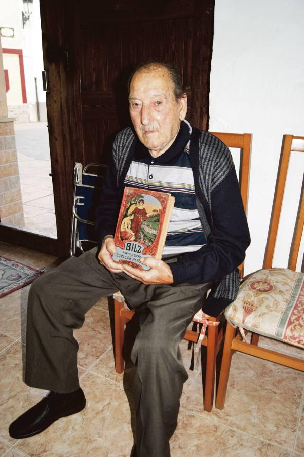 El vecino de Albalat Joaquín Gil, más conocido como ?El Hierbas?. EPDA