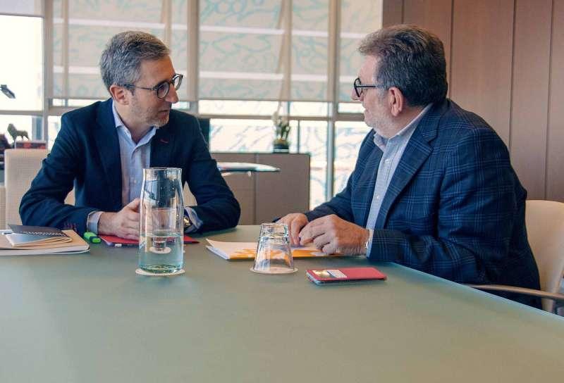 Reunión de  Jesús Ros con el conseller Arcadi España. EPDA
