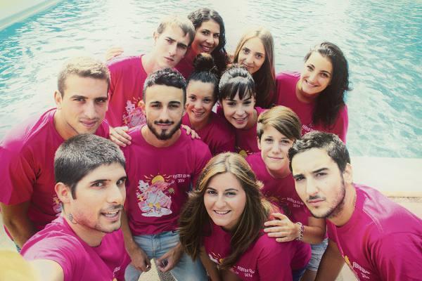 Selfie de los festeros de Quart de les Valls. EPDA