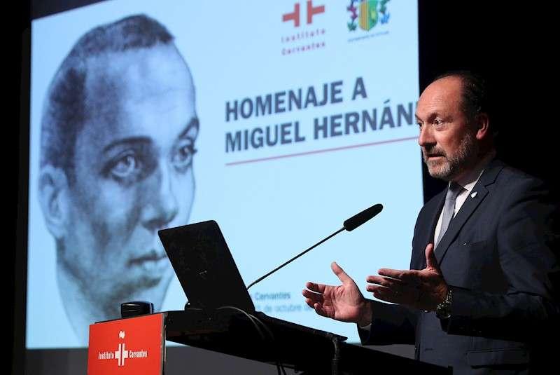 El alcalde de Orihuela, Emilio Bascuñana. EFE/Archivo