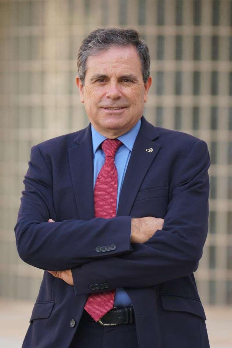 El profesor de la Universidad de Alicante (UA) José Ramón Martínez Riera, en una imagen facilitada por la universidad. EFE