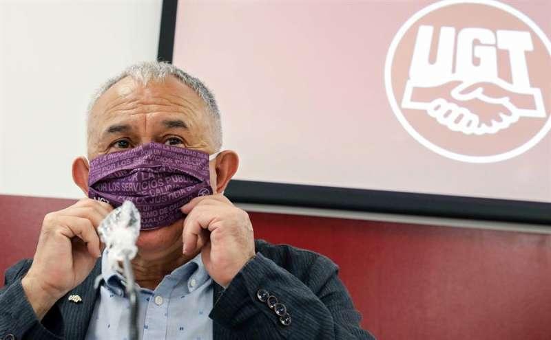 El secretario general de UGT, Pepe Álvarez, en la rueda de prensa que ha ofrecido este martes en València. EFE