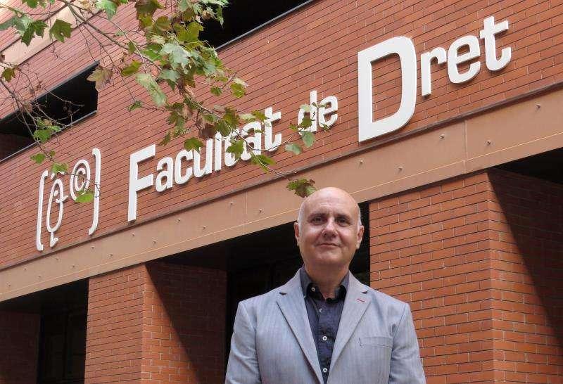 El catedrático de Derecho Procesal de la Universitat de València José Bonet, en una imagen de la UV. EFE