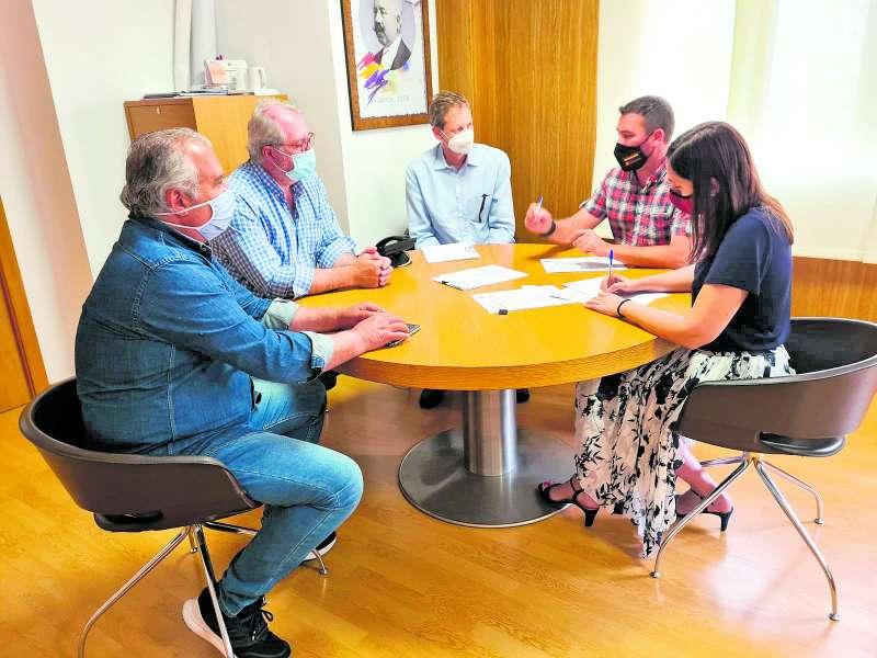 Reunión con representantes de la Emshi