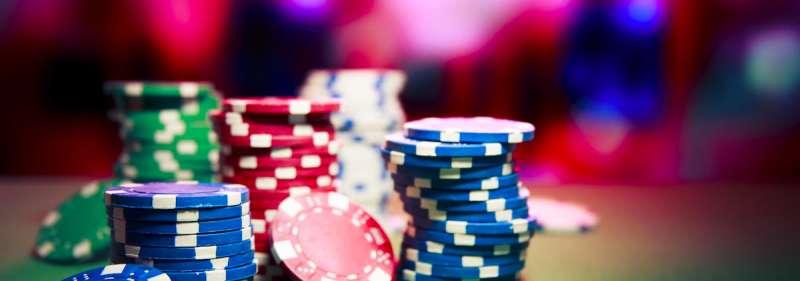 Los casinos en línea fueron reconocidos y autorizados por primera vez en 1994.