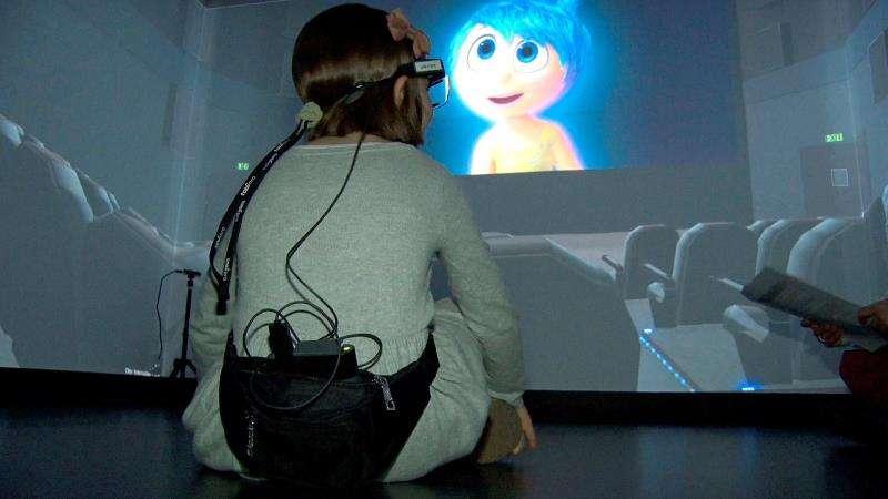 Presentación del T-ROOM, sistema que utiliza la Inteligencia Artificial (IA) y la Realidad Virtual (RV) para conseguir un diagnóstico y un tratamiento más eficaz y preciso del Trastorno de Espectro Autista. EFE/UPV