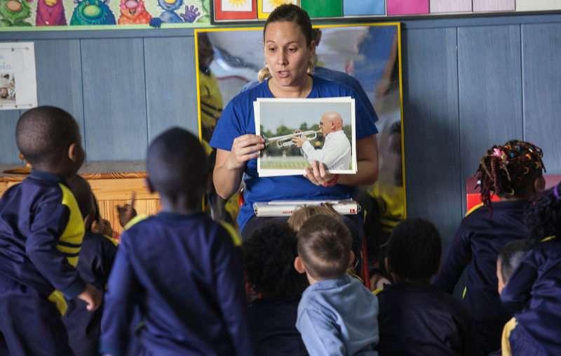 Una de las clases que se imparten en Casa Caridad