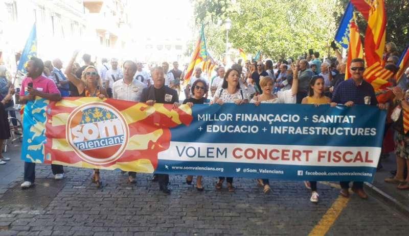 Una de las pancartas de Som Valencians. FOTO SOM