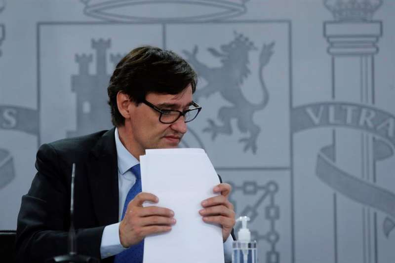 El ministro de Sanidad, Salvador Illa, este miércoles en el Palacio de La Moncloa. EFE/Juan Carlos Hidalgo