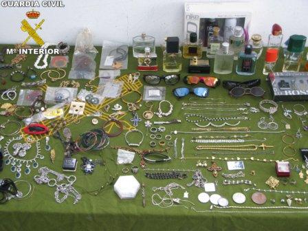 Algunos de los objetos recuperados. FOTO: EPDA