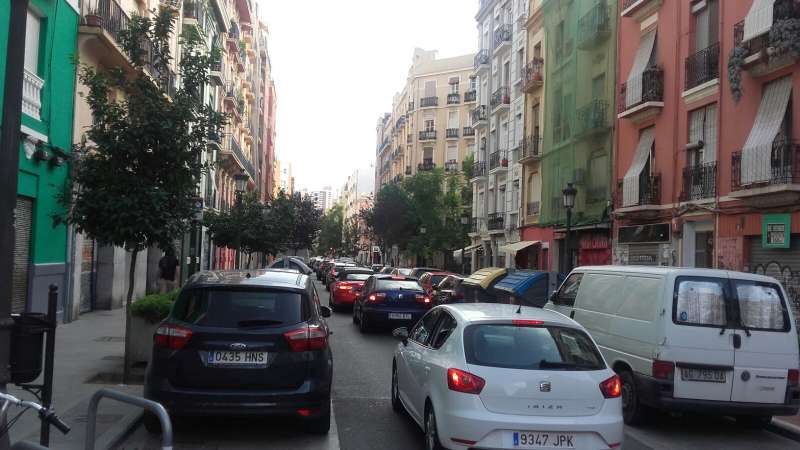 La calle Cuba, a las 16.30 del pasado domingo. FOTO EPDA