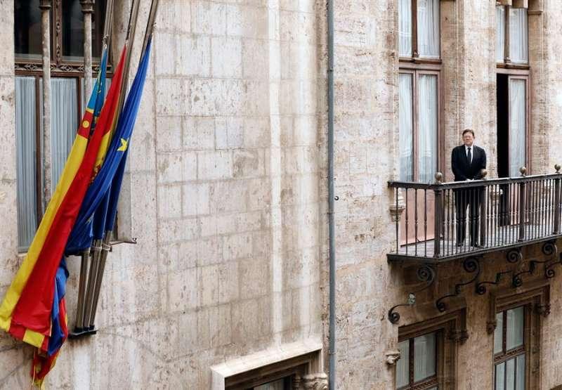 El president de la Generalitat Valenciana, Ximo Puig, el pasado 19 de abril, día de luto oficial por las víctimas de la pandemia del coronavirus. EFE