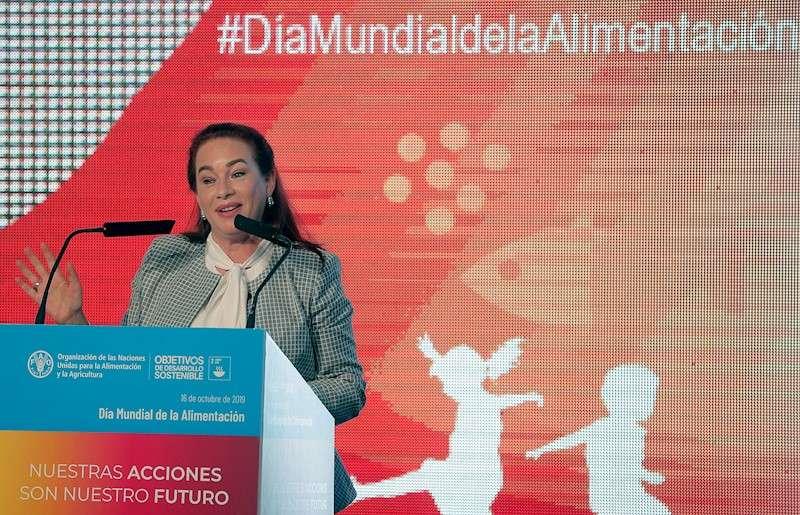 La presidenta saliente de la Asamblea General de las Naciones Unidas, Maria Fernanda Espinosa, durante su intervención en el acto de celebración del Día Mundial de la Alimentación, hoy en València. EFE/Kai Försterling