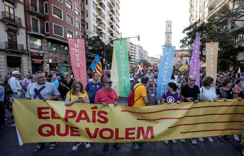 Cabecera de la manifestación. EFE/Bruque