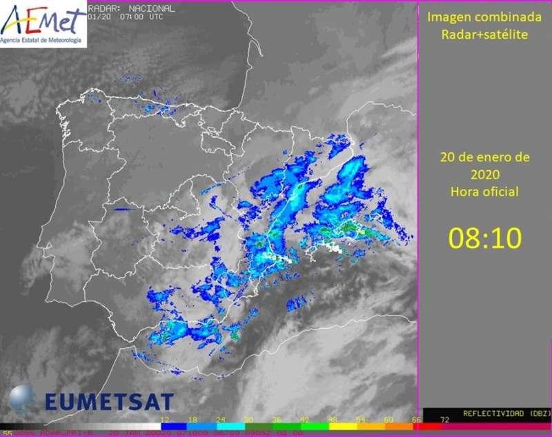 Mapa combinado de satélite y radar de la situación del tiempo de hoy difundido por Aemet.