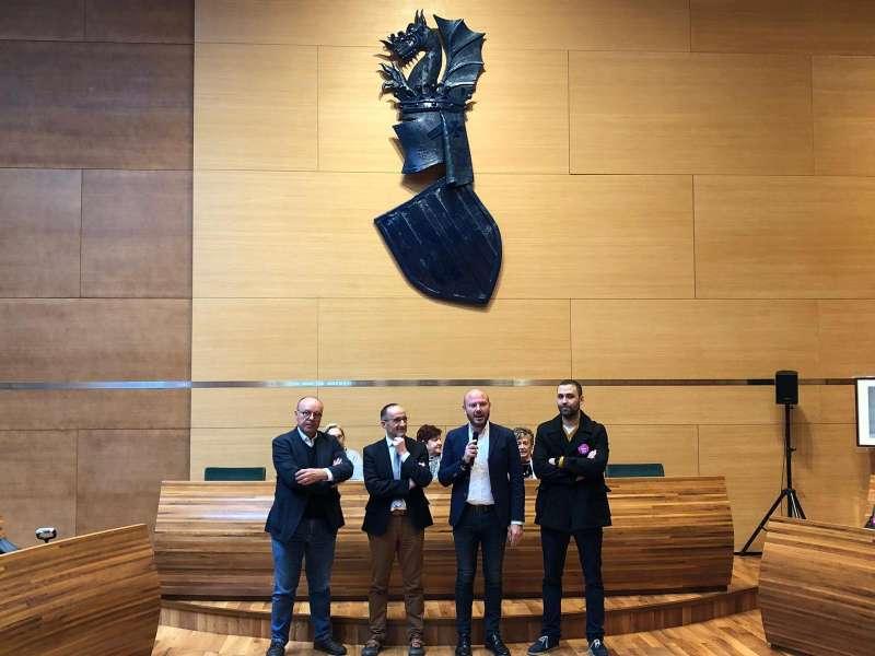 Presidente de la Diputación, diputados y Alcalde de Requena FOTO: Ayuntamiento de Requena
